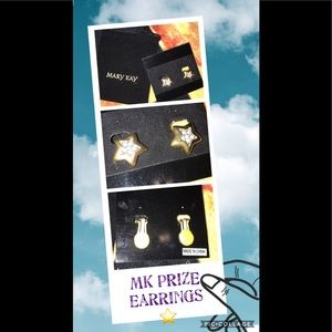 Mary Kay prize earrings gold stars with CZ clip on